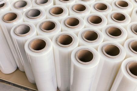 Photo pour stretch foil for packing on palet   - image libre de droit