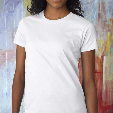 Photo pour Woman wearing a white t-shirt standing in front of a colorful background - image libre de droit