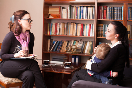 Photo for child psychologist the mother with child - Royalty Free Image