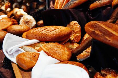 Photo pour confectionary bread bread baking cupcakes bakery - image libre de droit