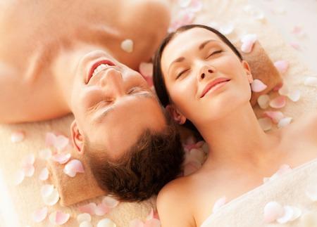 Foto de picture of couple in spa salon lying on the massage desks - Imagen libre de derechos
