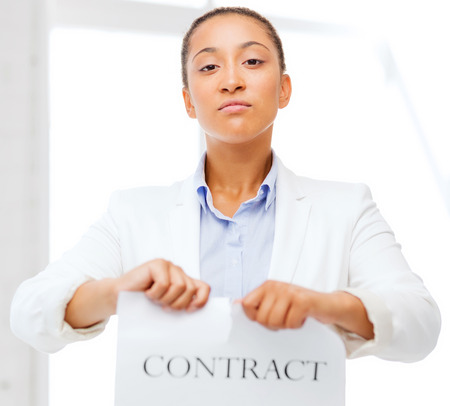 Photo pour business and office, legal concept - african businesswoman tearing contract - image libre de droit