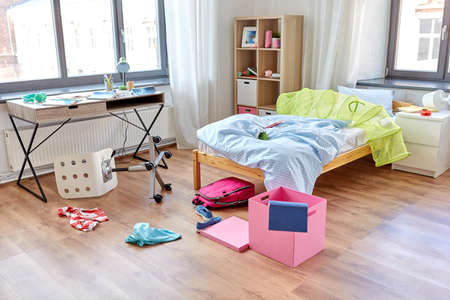 Photo pour messy home or kids room with scattered stuff - image libre de droit