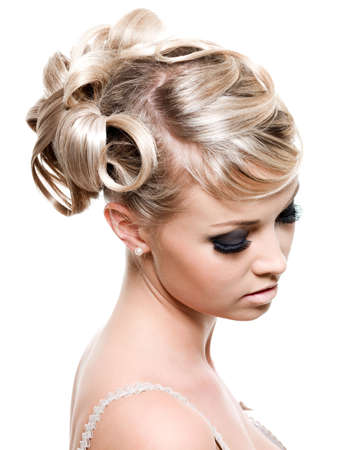 Photo pour Fashion creative hairstyle for young beautiful blond woman - isolated on white - image libre de droit