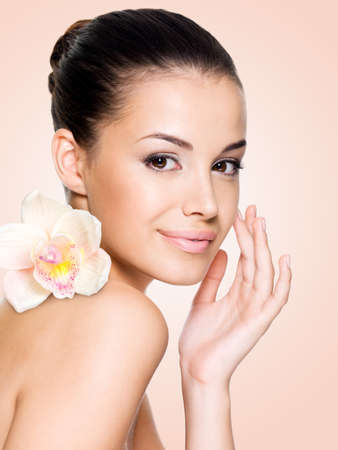 Beautiful smiling woman with healthy skin face. Skin care concept.の写真素材