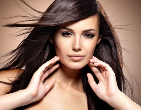 Photo pour Fashion model  with beauty long straight hair.  Creative studio image. - image libre de droit