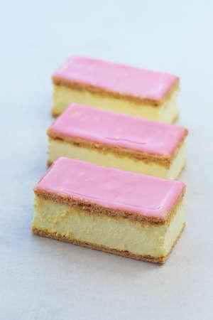 Foto de Delicious Dutch pastry called tompouce. - Imagen libre de derechos