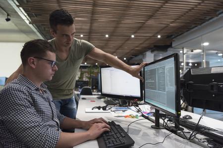 Foto de startup business people group working as team to find  solution to problem - Imagen libre de derechos