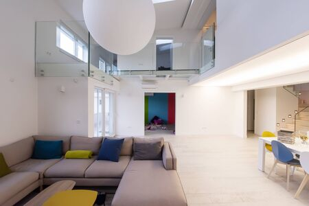 Photo pour interior of a luxury stylish modern open space design two level apartment with white walls - image libre de droit