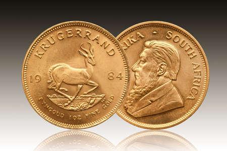 Photo pour Krugerrand 1 oz gold coin South Africa 1984 - image libre de droit