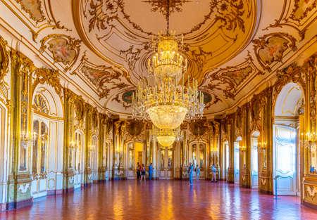Photo pour LISBON, PORTUGAL, MAY 31, 2019: Ballroom inside of the Queluz palace at Lisbon, Portugal - image libre de droit