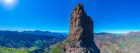 Photo pour Roque Nublo at Gran Canaria, Canary Islands, Spain. - image libre de droit