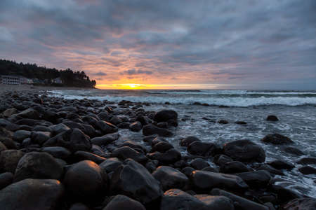 Photo pour Seaside, Oregon Coast, United States of America. Beautiful View of a Rocky Beach on the Pacific Ocean during a dramatic summer sunset. - image libre de droit