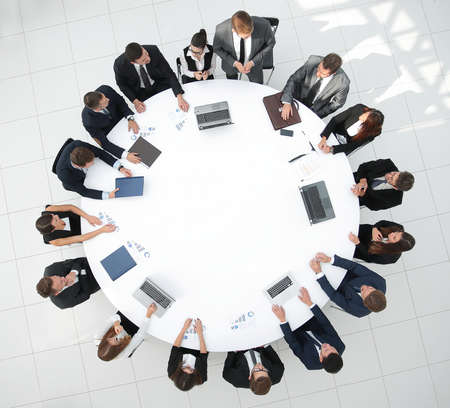 Photo pour view from the top.meeting business partners for round - table.photo with copy space. - image libre de droit