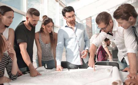 Photo pour creative business team discussing a new project - image libre de droit