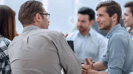 Photo pour close up.team brainstorming while looking for the best business solution - image libre de droit