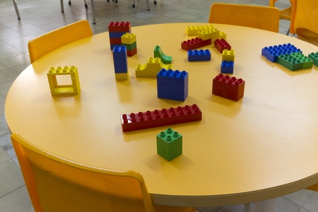 Plastic puzzle to play on a child school