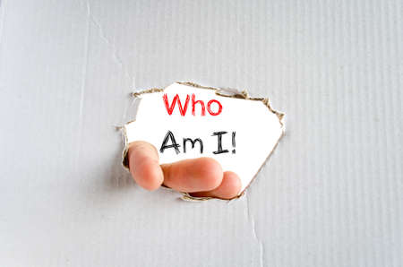 Who am i text concept isolated over white background