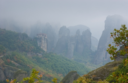 The chanse to discover such foggy mysterious rocks happens not so often, so if the weather is suitable, get start your way, Meteora, Greece