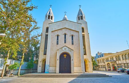 Photo pour The modest facade of Armenian Cathedral of St Sarkis, located in Karimkhan Zand street in Tehran, Iran - image libre de droit