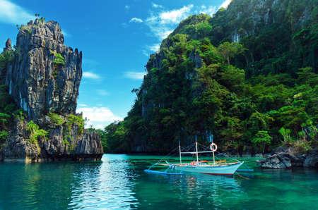Photo pour Magnificent tropical sea. Philippines. El Nido. - image libre de droit
