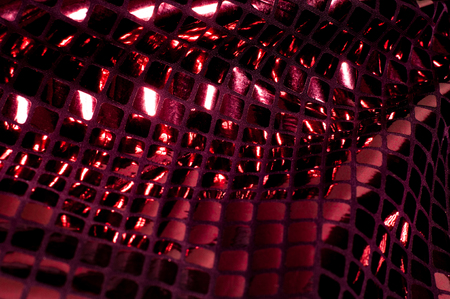 Foto de texture background pattern Fabric with large paillettes of red color If you go to the angelic gaze or the aesthetics of the mermaid, these red big sparkles shine for you! paillette covers a solid mesh - Imagen libre de derechos