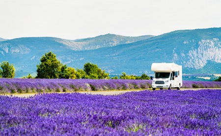 Photo pour Motorhome in a lavender field in Provence, France - image libre de droit