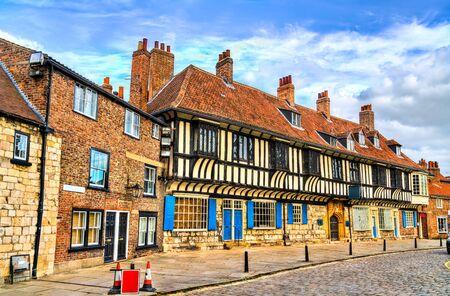 Foto für Traditional houses in York, England - Lizenzfreies Bild