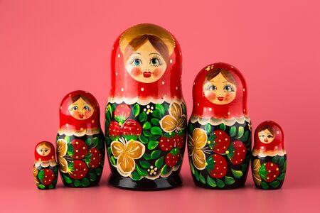 Photo pour Russian folk wooden doll painted with paints - image libre de droit
