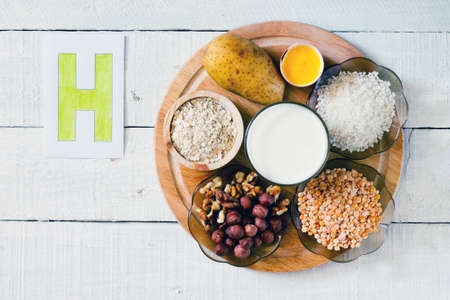 Foods containing vitamin H: potatoes, egg yolks, rice, peas, hazelnuts, walnuts, milk, oatmeal