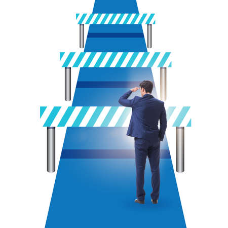 Photo pour Businessman facing running barriers in challenging business - image libre de droit