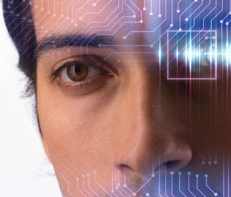 Photo pour Concept of sensor implanted into human eye - image libre de droit