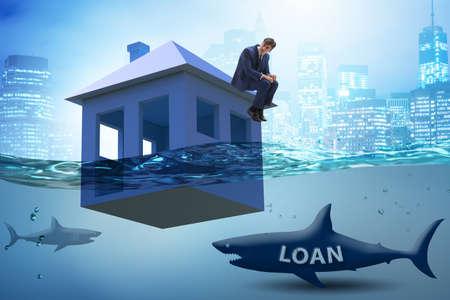 Photo pour Mortgage repayment failure concept with man - image libre de droit
