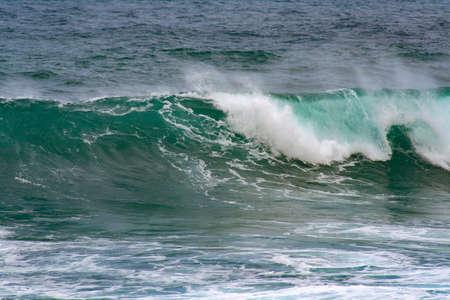 Photo pour close up from a crashing wave on the sea - image libre de droit