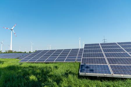 Foto de Renewable energy generation and power transmission lines seen in Germany - Imagen libre de derechos