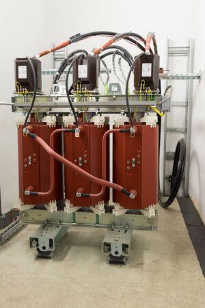 Photo pour Dry type (cast resin) medium voltage power transformer - image libre de droit