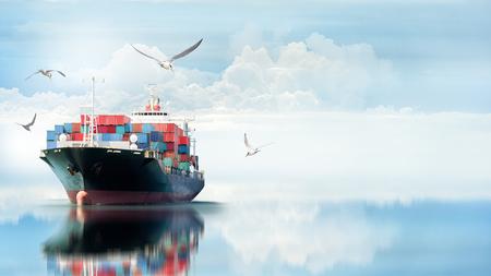 Foto de Logistics and transportation of International Container Cargo ship in the ocean with Group of Birds , Freight Transportation, Shipping - Imagen libre de derechos