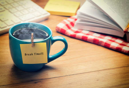 Photo pour Office Break Time Concept - image libre de droit