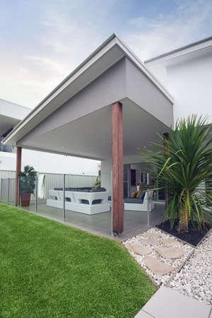 design feature modern townhouse