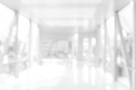 Photo pour White blur abstract background BLUR OF MODERN BUILDING INTERIOR - image libre de droit