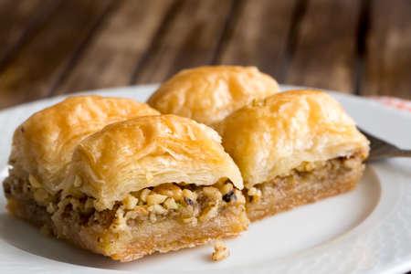 Photo pour Turkish kitchen; Traditional delicious Turkish desserts; Baklava - image libre de droit