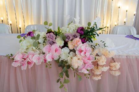 Photo pour The decoration of the wedding table is newlywed. Flowers on the table. Table decoration. Decor - image libre de droit