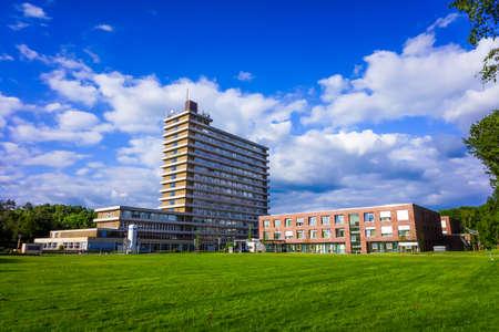 Photo pour hospital building. - image libre de droit