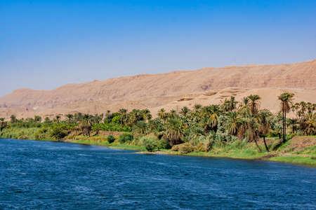 Foto de River Nile in Egypt. Life on the River Nile - Imagen libre de derechos