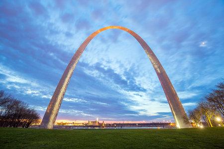 St. Louis Gateway Arch in Missouri at twilight