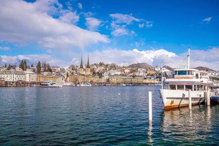 Foto für Historic city center of downtown Lucerne with  Chapel Bridge and lake Lucerne in Switzerland - Lizenzfreies Bild