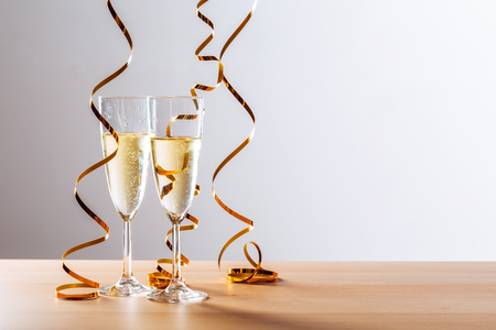 Foto de New years eve celebration background with champagne - Imagen libre de derechos