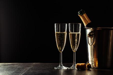 Foto de Champagne on the black background - Imagen libre de derechos
