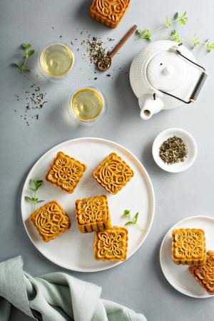 Photo pour Traditional Chinese mooncakes - image libre de droit