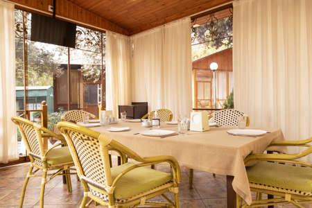 Photo pour Modern restaurant banquet event room interior - image libre de droit